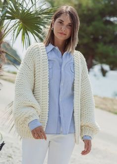 knit cardigan pattern-jacket knitting pattern-1 Knit Cardigan Pattern, Oversized Cardigan, Sweater Knitting Patterns, Knitting Designs, Jacket Pattern, Knit Patterns, Big Wool, A 17, Outfit Of The Day