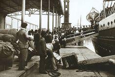 Inmigrantes llegando a Buenos Aires.jpg