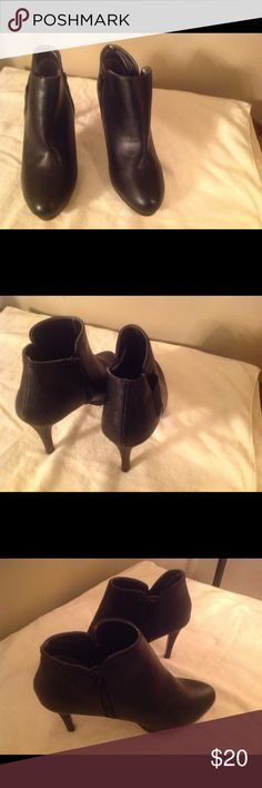 BLACK ANKLE BOOT WITH HEELS BLACK ANKLE BOOT, Size 7.5, NWOT Shoes Ankle Boots & Booties