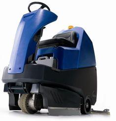 Numatic TTV 678 (400) maszyna czyszcząca samojezdna z trakcją i siedziskiem .Superprofesjonalna samojezdna zmywarka do posadzek, przeznaczone do czyszczenia wszystkich rodzajów podłóg twardych, wodoodpornych. Maszyna posiada własny napęd ( trakcję ), siedzenie dla operatora, zintegrowany dozownik ( mikser ) do środka chemicznego z możliwością regulacji