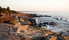 The Marginal Way in Ogunquit, Maine is one of New England's only paved, public shoreline footpaths. This vacationland jewel, which spans a little more than a mile along a spectacular coast, connects Perkins Cove to Ogunquit Beach.