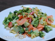 Fotorecept: Cestovinový brokolicový šalát