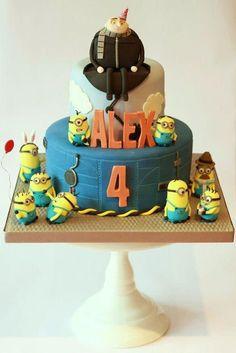 Torta Minions 11