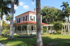 Thomas Edison's winter home in Ft Myers, FL, next door to Henry Ford - from travel blog at http://roadtrekingartist.weebly.com/blog.html