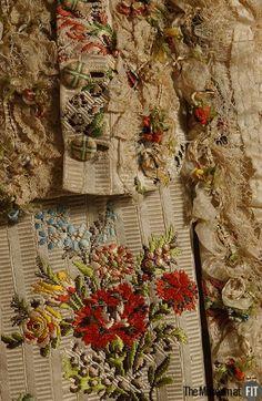 MediaRobe à la française Medium: Ivory silk brocade, lace, passementerie Date: 1755-60 Country: France