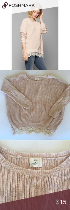 Lace trim pink oversized soft urban sweater Pins and Needles oversized millennial pink sweater. Cinched at lace to be more fitted around the bottom. Perfect over leggings. Super cozy and soft. Size Medium Pins & Needles Sweaters Crew & Scoop Necks