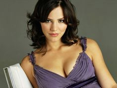 Katharine McPhee hottest pics, gifs, and sexy bikini photos. People are always looking for more about her boobs and butt. Beautiful Celebrities, Beautiful Actresses, Beautiful Women, Katharine Mcphee Bikini, Jessica Parker, Le Jolie, Celebrity Wallpapers, Gal Gadot, Beauty Women