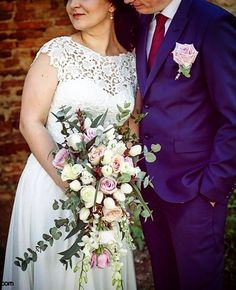 Bridal Hairpiece, Lace Wedding, Wedding Dresses, Bride Bouquets, Hair Pieces, Fashion, Bride Dresses, Bridal Bouquets, Moda