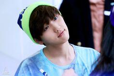 出典: sandeul920320.com  #120902 hats on fansign #b1a4 #sandeul  / Tumblr