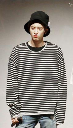 Chanyeol ❤ Oppa 💙👀 Exo ✌ Exo_k Baekhyun, Park Chanyeol Exo, Kpop Exo, Rapper, Exo Korean, Exo Members, K Idol, Chanbaek, Chansoo