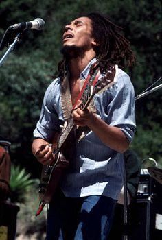 **Bob Marley & The Wailers** Santa Barbara County Bowl, Santa Barbara, CA, USA, May 31, 1976. More fantastic pictures, music and videos of *Robert Nesta Marley & His Wailers* on: https://de.pinterest.com/ReggaeHeart/ ©Jeffrey Mayer/ http://www.jeffreymayerphotography.com/