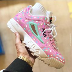 """FILA """"Sprinkles """" 。This Custom shoe was Done By & JKL_customs & & you are interested in this shoe please contact JKL_customs & 。 & Cute Sneakers, Girls Sneakers, Sneakers Fashion, Fashion Shoes, Shoes Sneakers, Kawaii Shoes, Aesthetic Shoes, Fresh Shoes, Hype Shoes"""