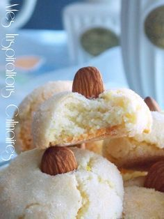 Sweet Cooking, Cooking Chef, Biscuit Cookies, Cupcake Cookies, Eid Cake, Amaretti Biscuits, Algerian Recipes, Desserts With Biscuits, Arabic Dessert