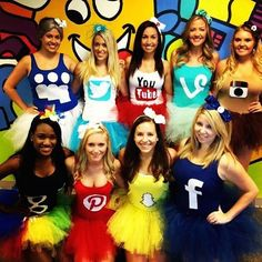 Struggling to find a Halloween costume? Look through this list of 25 easy and fun DIY Halloween Costumes! Halloween costumes should be fun and easy, too! Cute Group Halloween Costumes, Cute Costumes, Girl Costumes, Halloween Party, Family Halloween, Zombie Costumes, Halloween Couples, Family Costumes, Snapchat Halloween Costume