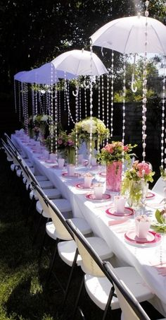 The umbrellas would be so cute for your table or one big one for you to sit under. Whatcha think?