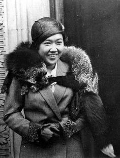 Queen Rambhai Barni of Siam.Queen Rambhai Barni of Siam (Thai: รำไพพรรณี; rtgs: Ramphaiphanni; Thai pronunciation: [rām.pʰāj.pʰān.niː]), formerly Her Serene Highness Princess Rambhai Barni Svastivatana (Thai: รำไพพรรณี สวัสดิวัตน์; rtgs: Ramphaiphanni Sawatdiwat; born 20 December 1904 – 22 May 1984), was the wife and Queen Consort of King Prajadhipok of Siam.