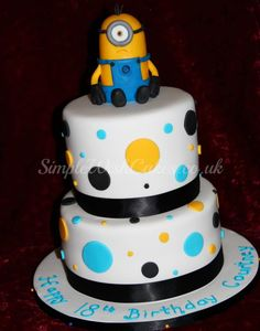 Minnion Birthday Cake! Mom I want this for my 18th!!!! @Irene Hoffman Delgado