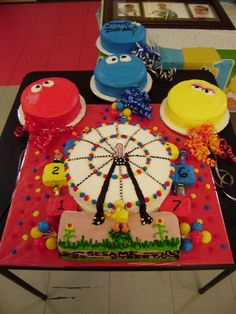 Guess what...another ferris wheel cake.