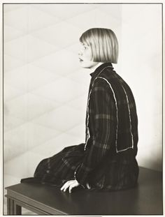 'Architect's Wife [Dora Lüttgen]', August Sander, 1926, printed 1990 | Tate