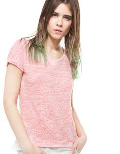 Rebaja en Camiseta BSK de tejidos combinados para Dama.