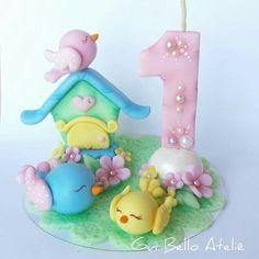Topo de bolo jardim encantado  #ateliêdeartes_guibello  #festainfantil #vela #jardimencantado #topodebolo #passarinhos