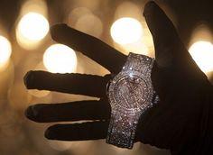 WEB LUXO - Alta Relojoaria: Relógio Hublot de 5 milhões é apresentado na Suíça