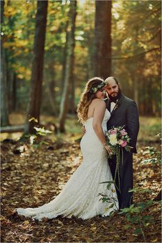 forest wedding photo ideas at sunset