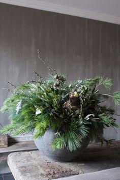 Christmas Urns, Hygge Christmas, Christmas Planters, Christmas Arrangements, Rustic Christmas, Winter Christmas, Floral Arrangements, Christmas Wreaths, Holiday