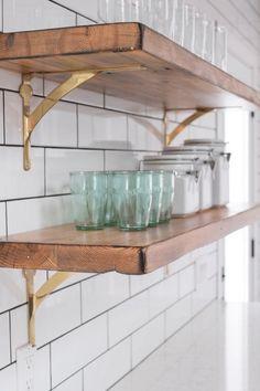 Brass Shelf Brackets Home Kitchen Shelves Kitchen Styling Modern Kitchen Cabinets, Kitchen Shelves, Kitchen Interior, Kitchen Design, Brass Kitchen, Kitchen Hutch, Kitchen Tile, Kitchen Storage, Brass Shelf Brackets