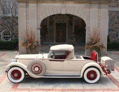 1929 Packard 640 Custom 8 Roadster https://www.facebook.com/694826447195747/photos/a.694829190528806.1073741828.694826447195747/1059908337354221/?type=3