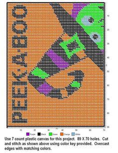 Peek a boo placemat Plastic Bead Crafts, Plastic Canvas Crafts, Halloween Canvas, Halloween Prints, Halloween 2016, Plastic Canvas Stitches, Plastic Canvas Patterns, Needlepoint Patterns, Cross Stitch Patterns