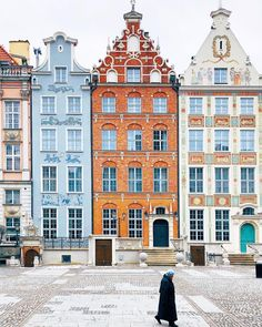 All these gingerbread houses ❤️ So much beauty in this place! #Gdańsk #Poland