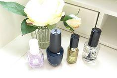 Les produits pour un tuto nail art facile, bleu nuit et paillettes d'or : www.monvanityidea... #nailart #manucure #vernis #paillettes #nailpolish #or #gold #beautyaddict