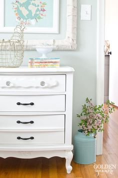 Nightstand make-unde