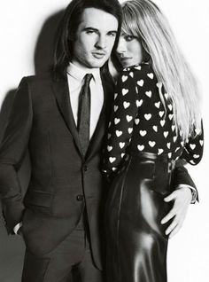 "Sienna Miller y Tom Sturridge, imagen de Burberry para la campaña ""Trench Kisses"" otoño invierno 2013/14   #moda #burberry #TrenchKisses #fashion"