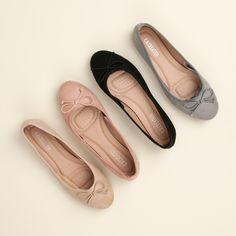 Balerínky na šnurovanie Chanel Ballet Flats, Lady, Ladies Shoes, Fashion, Moda, Chanel Ballerina Flats, Women's Shoes, Fasion, Woman Shoes