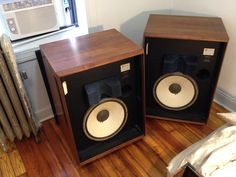 JBL L200b with rare 135A white cone woofers