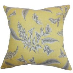 "The Pillow Collection Kaitaia Floral Throw Pillow Color: Yellow, Size: 18"" x 18"""