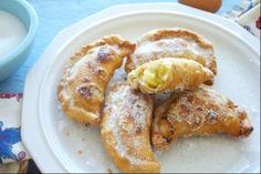 Recipe for Empanadas de mejido Ecuatorianas (Ecuadorian Sweet Custard, Cheese, and Raisin Empanadas)