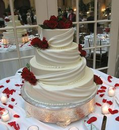 Wedding Cake Decoration Ideas reflect your style wedding cake decorations diy wedding decorations Wedding Cake Red, Wedding Cake Decorations, Elegant Wedding Cakes, Wedding Cake Designs, Wedding Ideas, Wedding Colors, Foto Pastel, Princess Bridal, Princess Cut
