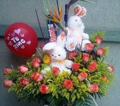 HERMOSO arreglo floral ...comunícate 3124807776 - 3153335017