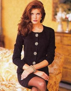 Stephanie Seymour hands down one of my Fave models back in her top days as a model Stephanie Seymour, Claudia Schiffer, Cindy Crawford, Naomi Campbell, Heidi Klum, 90s Fashion, Fashion Models, Vintage Vogue, Vintage Fashion