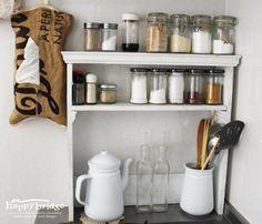 100均素材でDIY!手作りキッチンラックでお気に入りインテリアが完成♪ | ギャザリー