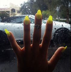 normally I think stiletto nails are a tad bit icky but I could definitely do this funky neon color for summatime!