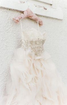Wedding dress idea; Featured Photographer: Tamara Gruner Photography