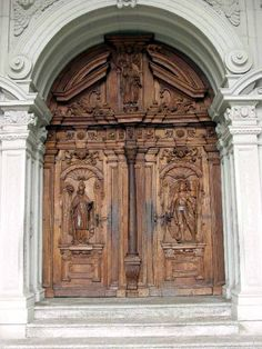 Beautiful carved church doors in Luzern, Switzerland - ..www.cs.odu.edu
