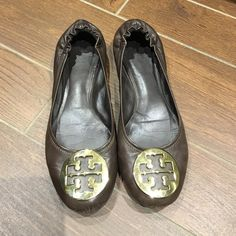 Brown Reva Tory birch Flats Gently worn. Please refer to pictures for wear. Tory Burch Shoes Flats & Loafers