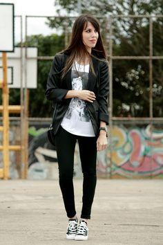 outfit jeans y converse negros - Buscar con Google