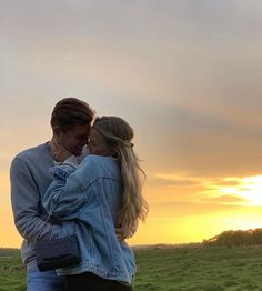 Cute Relationship Goals, Cute Relationships, Cute Couples Goals, Couple Goals, Cute Couple Pictures, Couple Photos, The Love Club, Young Love, Couple Aesthetic
