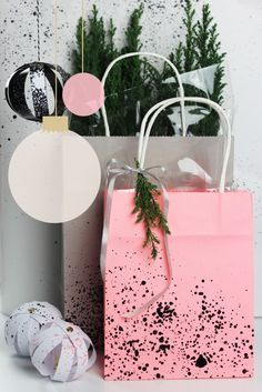 spay diy color paint wrapping bag gift wrap
